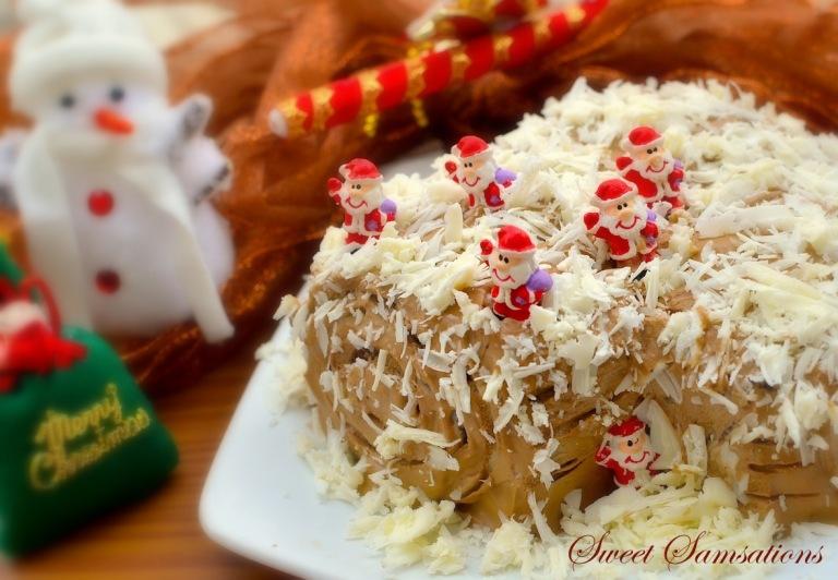 Buche de Noel Chocolate mocha Christmas Log