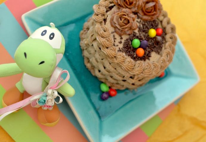 Yoshi and Easter Cake