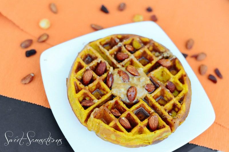 Pumpkin Waffles Thanksgiving
